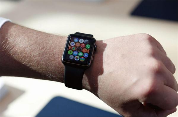 挽业绩Apple Watch免预约试戴 可穿戴设备前景探讨